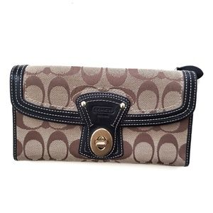 Coach / Signature Legacy Ali Turnlock Wallet
